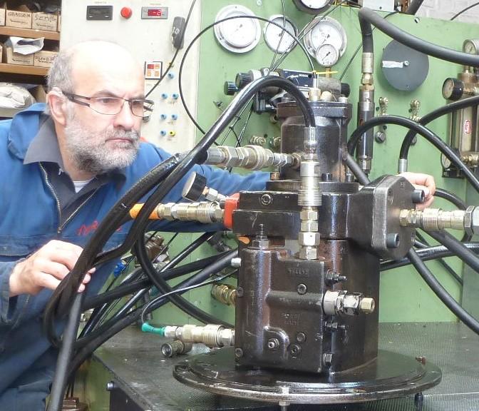 essais-pompe-hydraulique-rexroth-a4v130