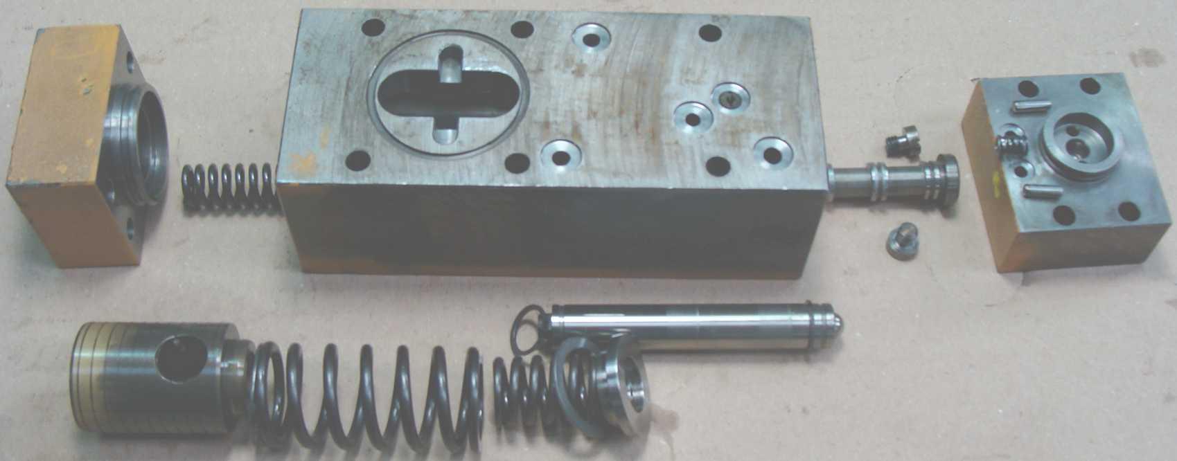 regulation-pompe-hydraulique-liebherr
