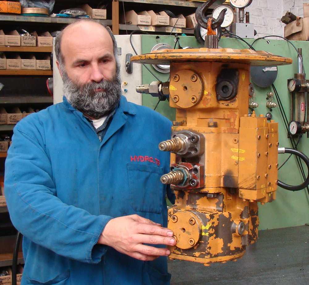 réparation revision pompes hydraulique Liebherr