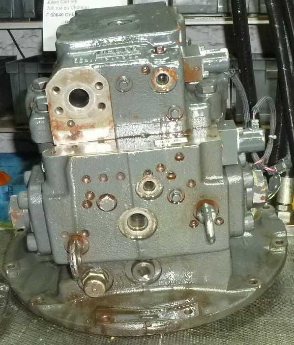 komatsu-hydraulique-pompe
